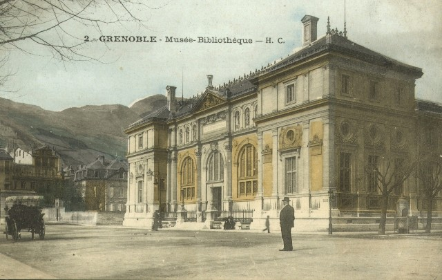 http-::commons.wikimedia.org:wiki:File-Musée-bibliothèque_Grenoble_(avant_1900)